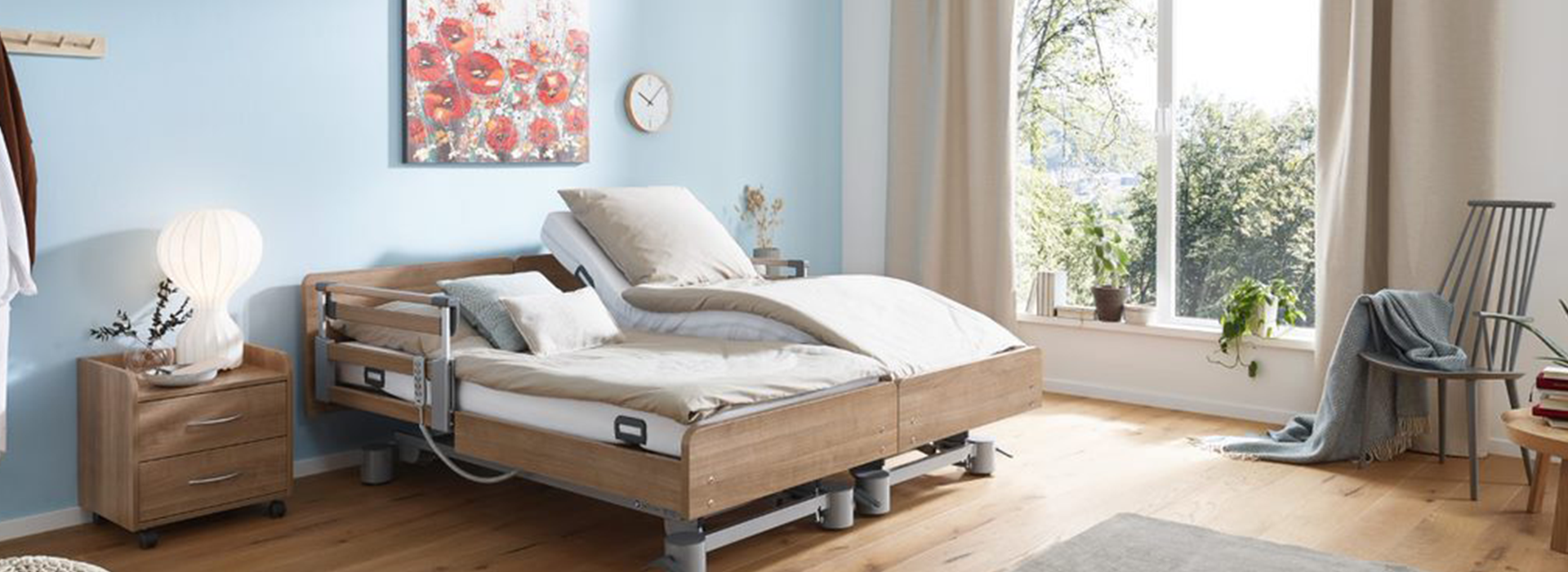 Regia Double Nursing Bed